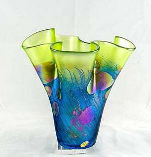 Giverny Hankerchief Vase