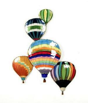 5 Balloons in Flight
