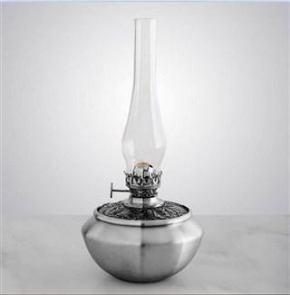 Classic Leaf Medallion Oil Lamp