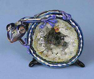 Frog on Cut Geode Blue