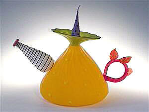 Mangoe Teapot Sculpture