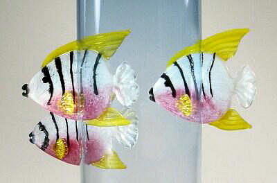 Angel Fish Vase Close Up