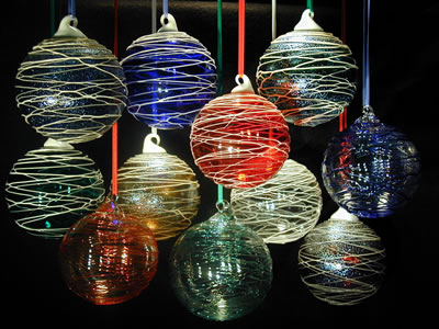 Round Trail Christmas Balls by Vitrix Hot Glass